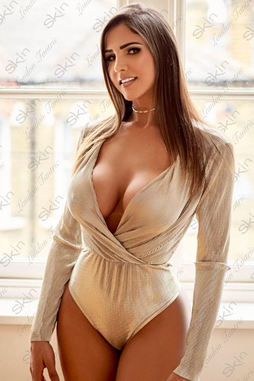 Best Erotic boob massage in Paddington with Nadia