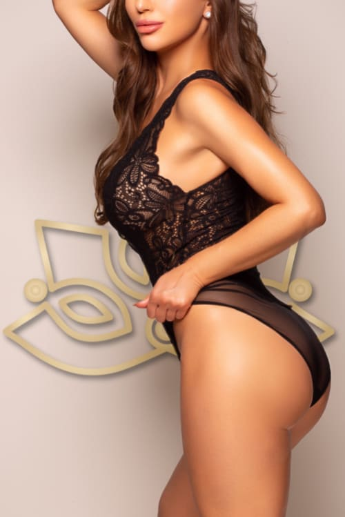 Book an appointment with Melissa in London