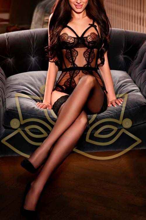 Erotic tantric masseuse in London